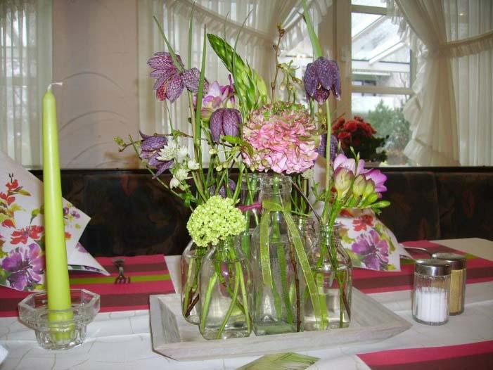 Blumenschmuck für ddie Festtafel