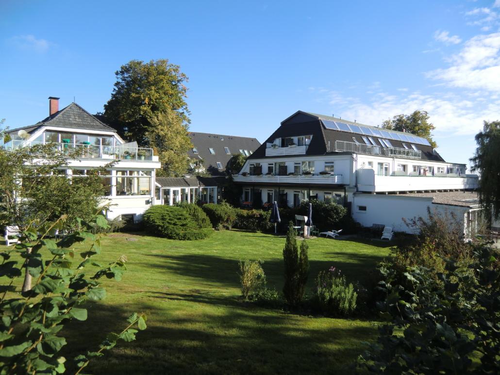 Gartenansicht HofHotel Krähenberg