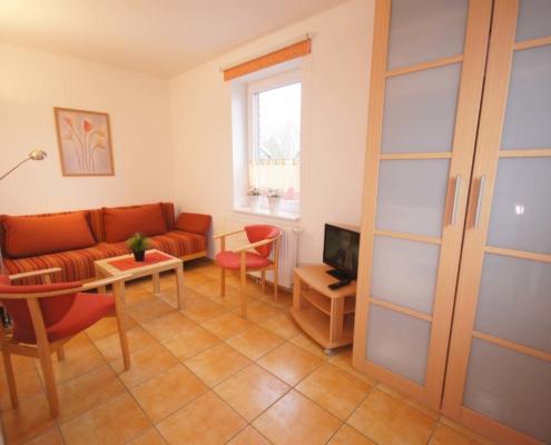 Ferienhaus II - Wohn-/Schlafzimmer